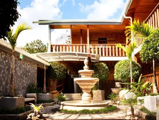 Monteverde Country Lodge - Hotels and Accommodation in Costa Rica, Central America And Caribbean
