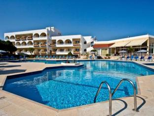 Happy Days Hotel רודוס - בריכת שחיה