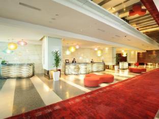 Empire Hotel Subang Kuala Lumpur - Front Desk