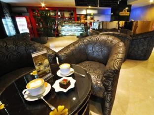 Hermes Palace Hotel Medan - Coffee Shop/Cafe