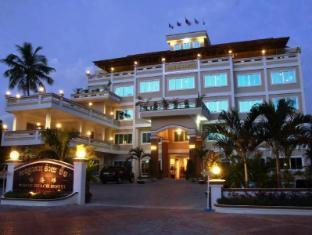 ホワイト ビーチ ホテル