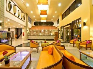 Best Beach Villa Pattaya - Lobby