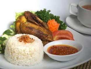Harbour Bay Amir Hotel Batam Island - Food and Beverages