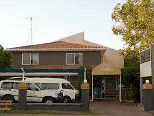 Palace Backpackers Hervey Bay Hotel - More photos
