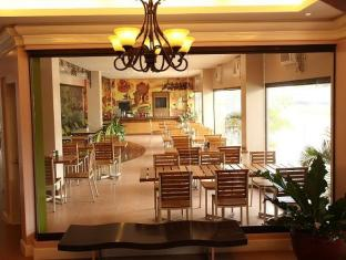 Casa Leticia Business Inn دافاو - المطعم