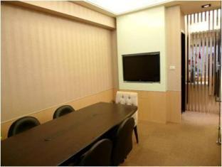 I Staytion Service Apartment - I Station Taipei - Meeting Room