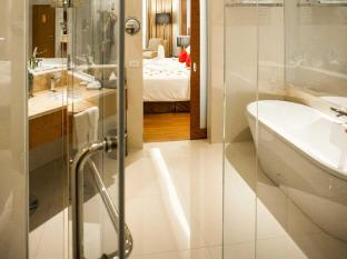 The Grand Fourwings Convention hotel Bangkok - Bathroom