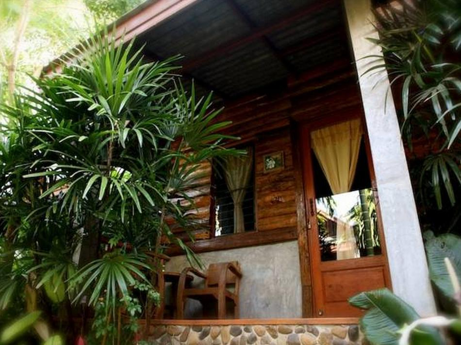 โรงแรม บ้านสวนริมปาย (Baan Suan Rim Pai Hotel)