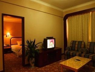 Guofeng Hotel - Room type photo