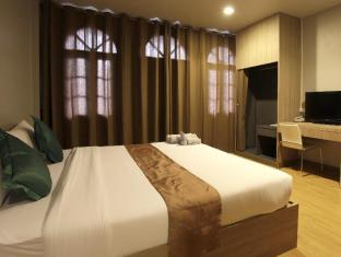 The Belle Resort Phuket - The Belle Hostel, Superior room