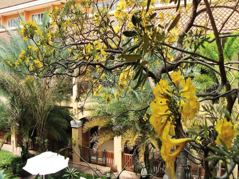 ピーマン ガーデン ホテル1