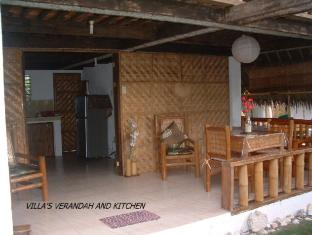 Alumbung Tropical Living בוהול - חדר שינה