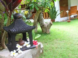 Alumbung Tropical Living Bohol - Tuin