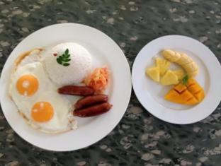 Alumbung Tropical Living Bohol - Eten en drinken