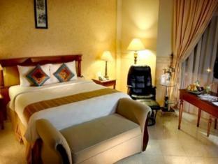 Grand Tiga Mustika Hotel 穆斯蒂卡大蒂加酒店