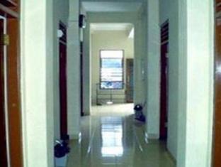 Merapi Hotel Yogyakarta - Corridor