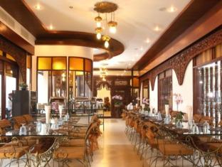 Kodchasri Thani Hotel Chiang Mai - Food, drink and entertainment