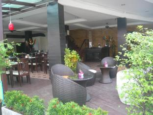 Mau-I Hotel Patong Πουκέτ - Μπυραρία/Σαλόνι
