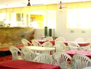 San Joao Holiday Homes South Goa - Food, drink and entertainment