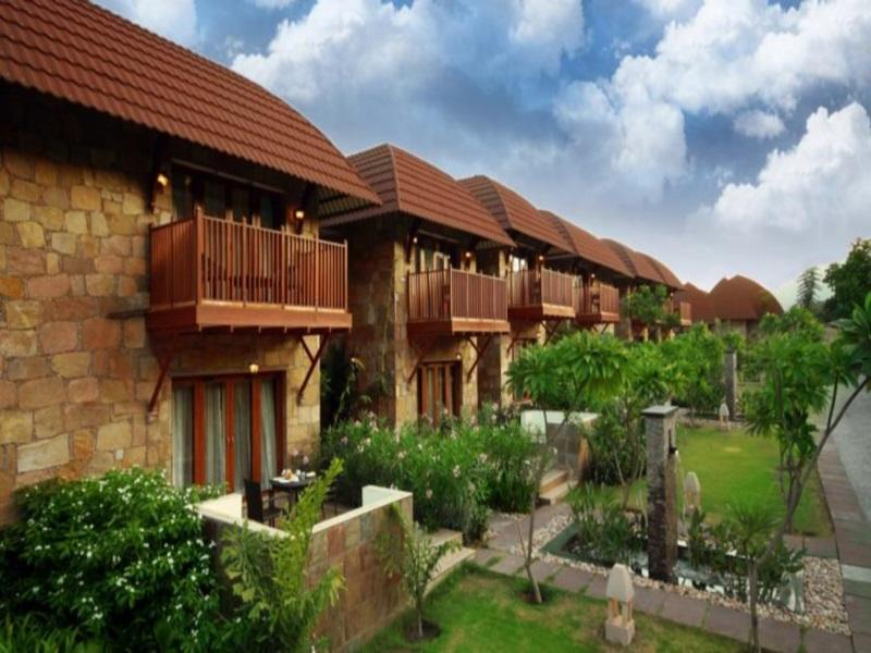 Ananta Spa   Resorts - Hotell och Boende i Indien i Pushkar