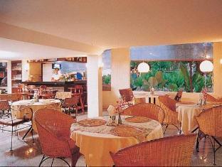 Local Motion Inn Phuket - Restaurant