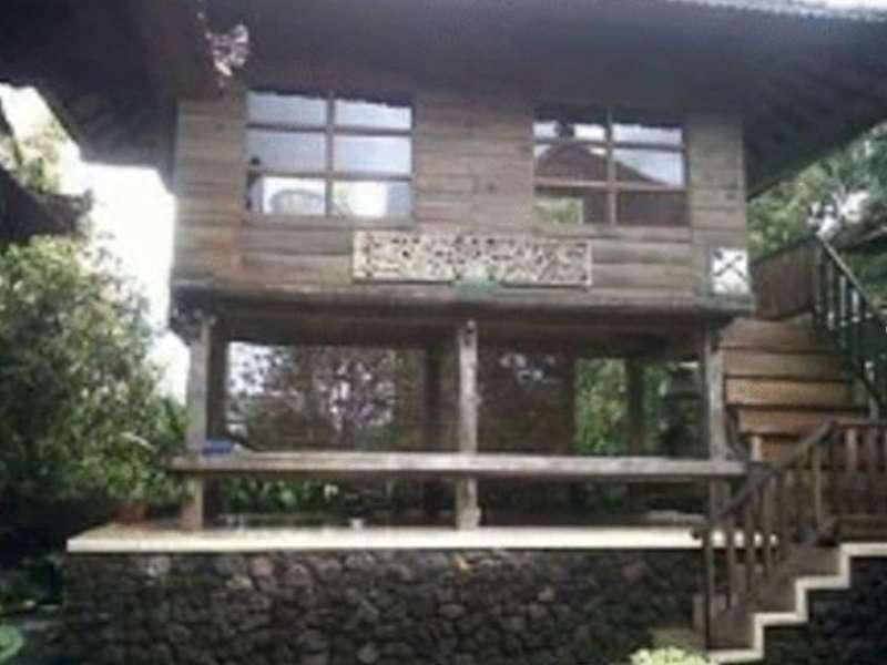 Hotell Munduk Sari Nature Villa