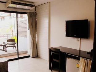 The Album Loft @ Nanai Road Phuket - Deluxe room - Facilities
