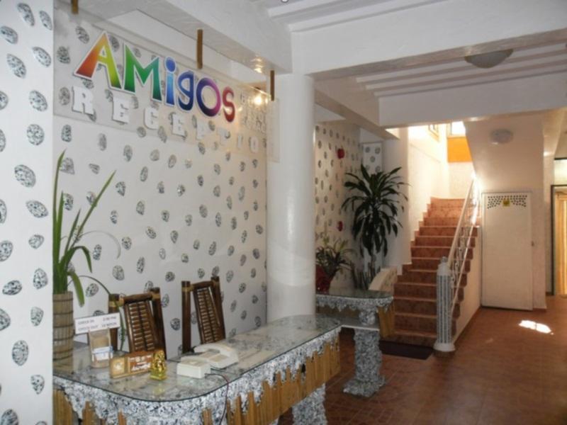 Hotell Amigos Beach Resort