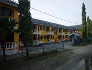 Akasia Hotel Langkawi - Parking Area