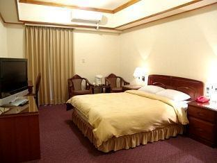Sin Fu Business Hotel - More photos
