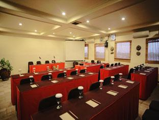 Indonesia Hotel Accommodation Cheap | Hotel Budi Palembang - Bukit Siguntang meeting room with complete facilities