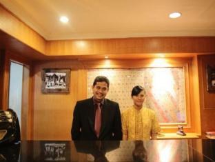Indonesia Hotel Accommodation Cheap | Hotel Budi Palembang - Reception