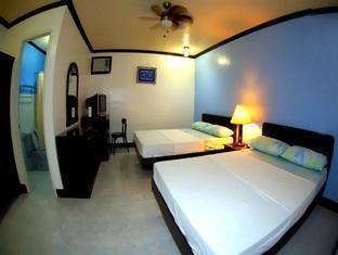 Nikko's Place - Room type photo