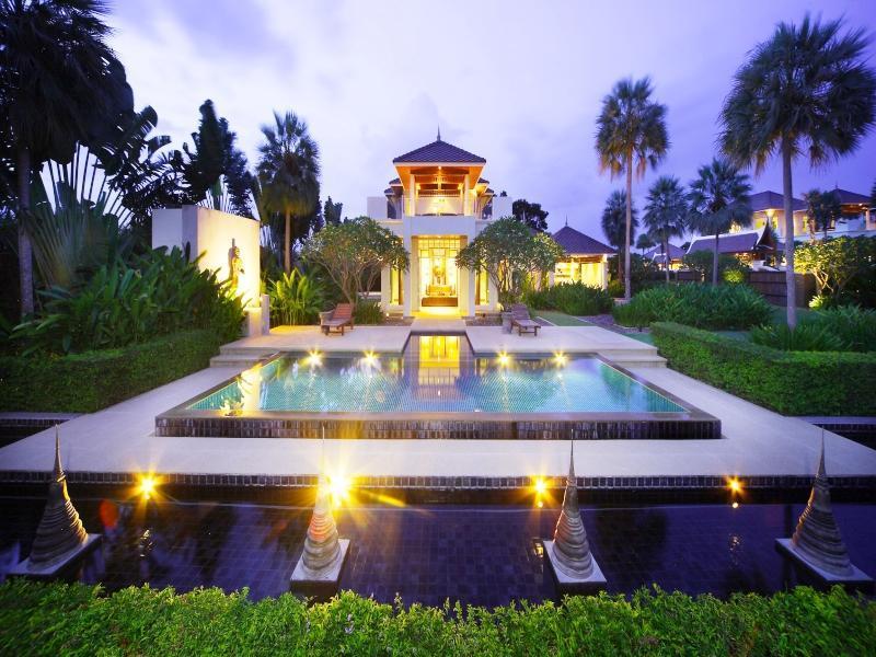 Tadarawadi Pool Villa at Phoenix