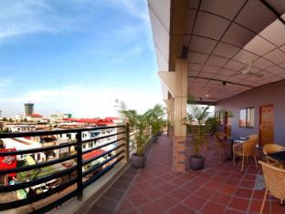 Macau Phnom Penh Hotel Phnom Penh - Terrace