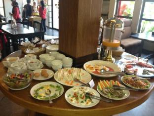 Macau Phnom Penh Hotel Phnom Penh - Breakfast