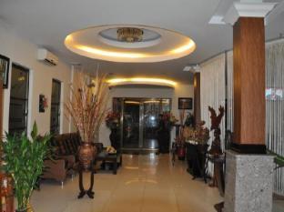 Macau Phnom Penh Hotel Phnom Penh - Lobby