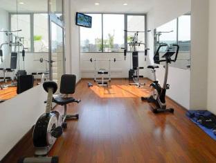 Howard Johnson Hotel Cordoba Cordoba - Fitness Room