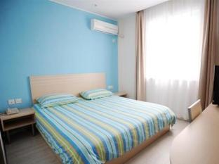 Super 8 Hotel Hangzhou Wulin Square Hangzhou - Guest Room