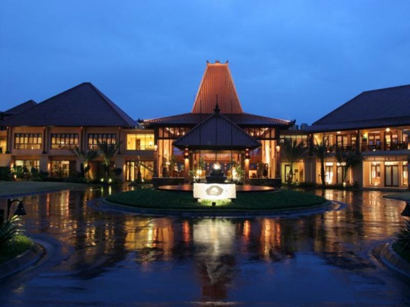 Laras Asri Resort & Spa Salatiga