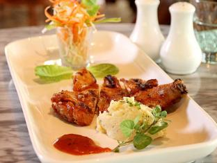 Laras Asri Resort & Spa Salatiga - Makanan dan Minuman