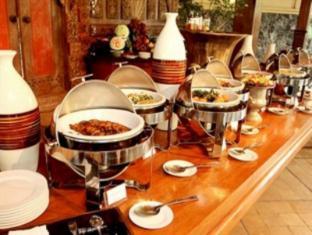 Laras Asri Resort & Spa Salatiga - Buffet