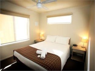 Maiden's Inn Holiday Park - Room type photo