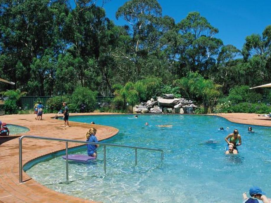 Twofold Bay Beach Resort - Hotell och Boende i Australien , Eden