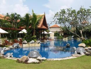 Mae Pim Resort Hotel Rayong - Swimming pool