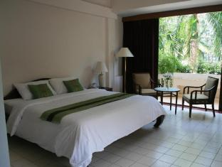 Mae Pim Resort Hotel Rayong - Superior King Bed