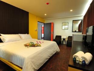 Saphaipae Hostel Bangkok - Deluxe Ensuite