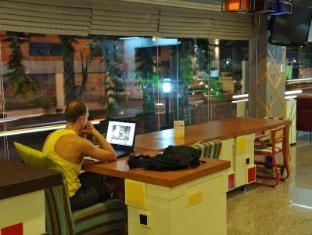 Saphaipae Hostel Bangkok - Lobby