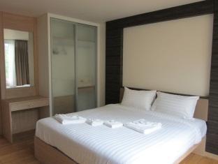 The Baycliff Hotel Phuket - 2 Bedroom