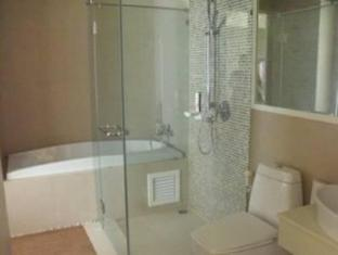 The Baycliff Hotel Phuket - Bathroom
